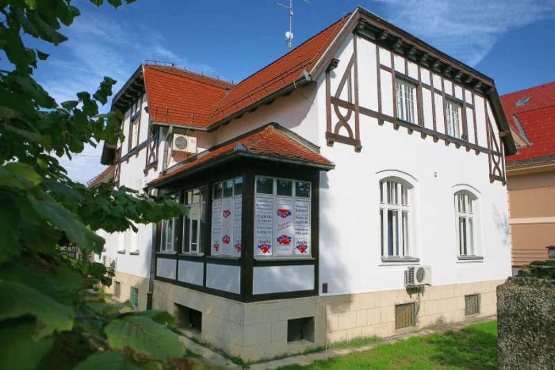 Jedan od najstarijih i najsupešnijih pripremnih centara za ispite, ANglia Banja Luka